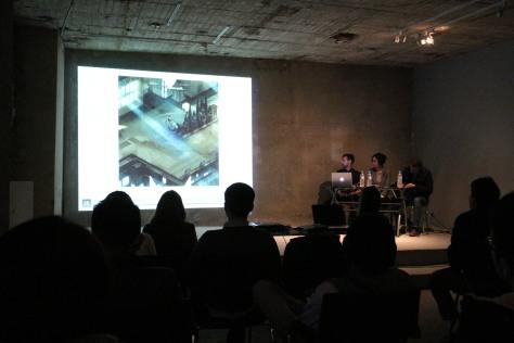 Conversatorio en Espacio Odeon. Fotografía de Luis Peláez.