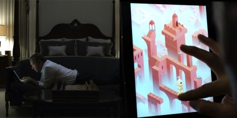 Frank Underwood jugando Monument Valley en la serie House of Cards. Vía dailydot.com